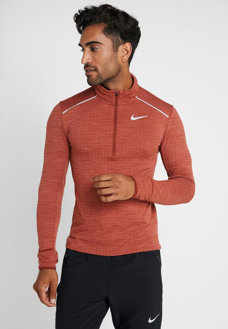 Nike Performance - M NK SPHR ELMNT  - Camiseta de deporte - cinnamon/heather/silver