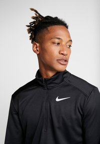 Nike Performance - PACER - Sports shirt - black/reflective silver - 5