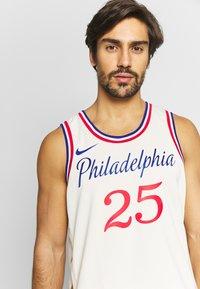 Nike Performance - NBA CITY EDITION PHILADELPIA 76ERS BEN SIMMONS SWINGMAN - Artykuły klubowe - flat opal - 3