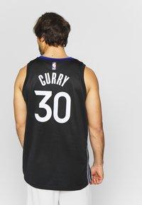 Nike Performance - NBA CITY EDITION GOLDEN STATE WARRIORS STEPH CURRY SWINGMAN - Artykuły klubowe - black/dark steel grey/rush blue/white - 2