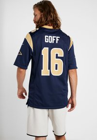 Nike Performance - NFL LOS ANGELES RAMS JARED GOFF  - T-shirt imprimé - college navy/club gold/white - 2