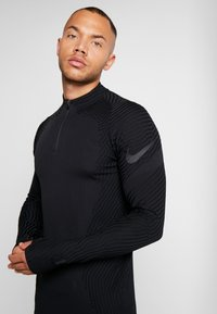 Nike Performance - DRIL - Camiseta de deporte - black - 3