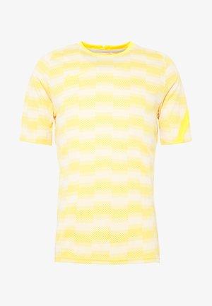 DRY - T-Shirt print - pure platinum/laser orange