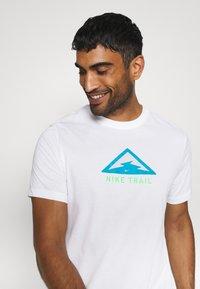 Nike Performance - DRY TEE TRAIL - Camiseta estampada - white - 3