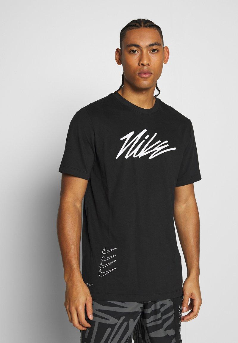 Nike Performance - DRY TEE PROJECT X - Camiseta estampada - black