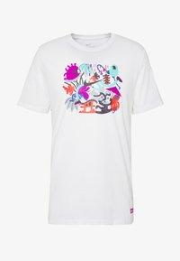 Nike Performance - DRY TEE TOKYO - Camiseta estampada - white - 5