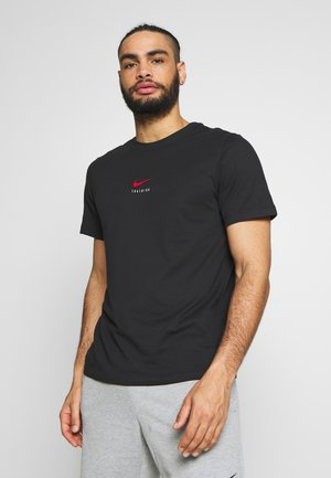 DRY TEE - Camiseta estampada - black/university red