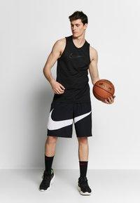 Nike Performance - DRY CROSSOVER - Funktionströja - black/white - 1