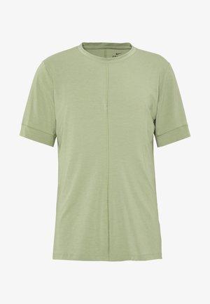 DRY YOGA - T-shirt basique - oil green/black