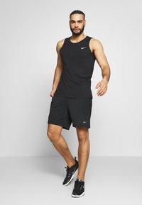 Nike Performance - DRY TANK SOLID - Tekninen urheilupaita - black /white - 1