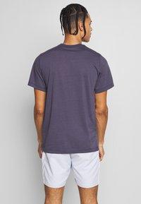 Nike Performance - RAFAEL NADAL DRY TEE - Camiseta estampada - grid iron - 2