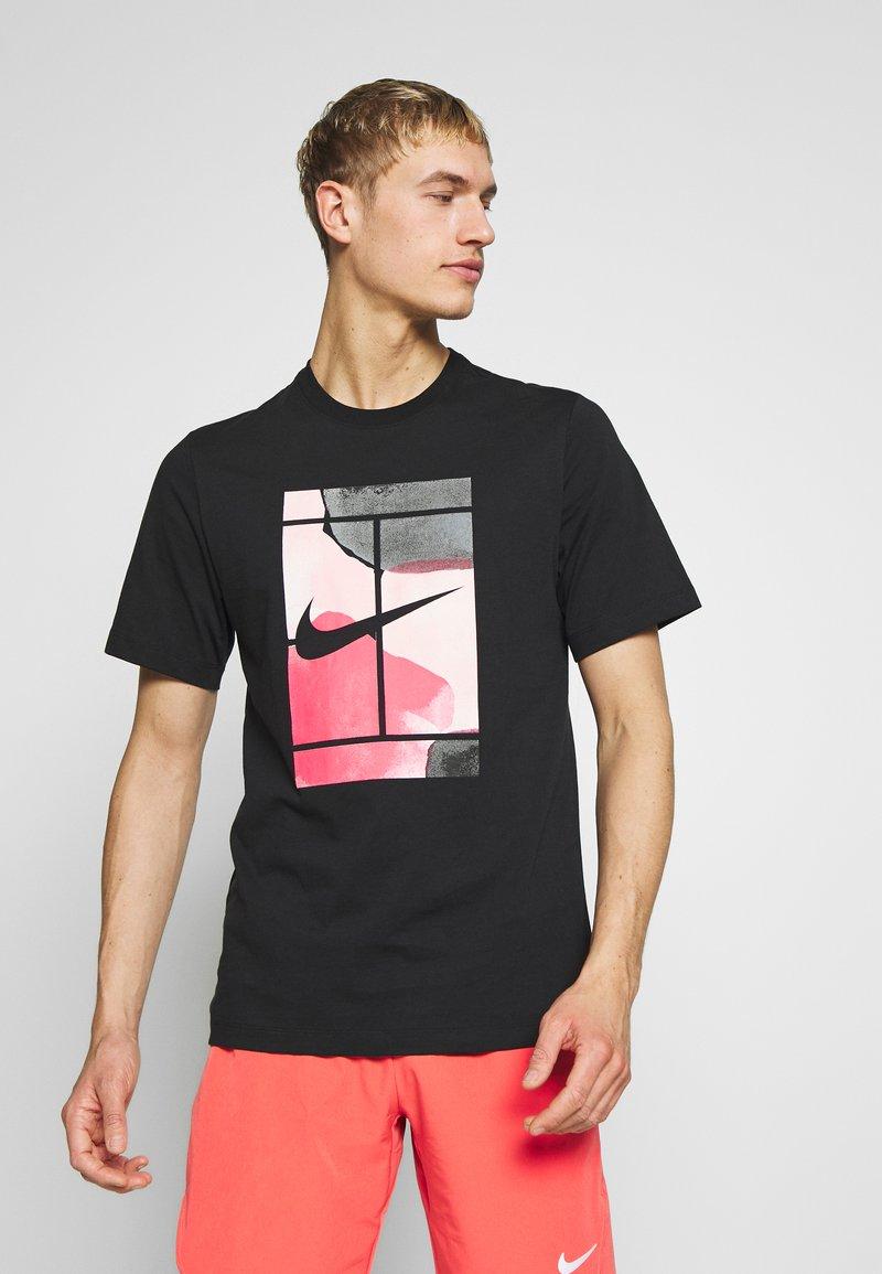 Nike Performance - TEE COURT  - Camiseta estampada - black