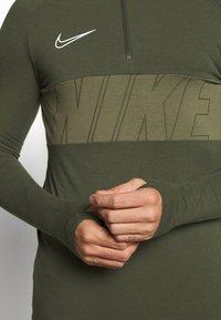 Nike Performance - DRY ACADEMY - Sports shirt - cargo khaki/white - 5
