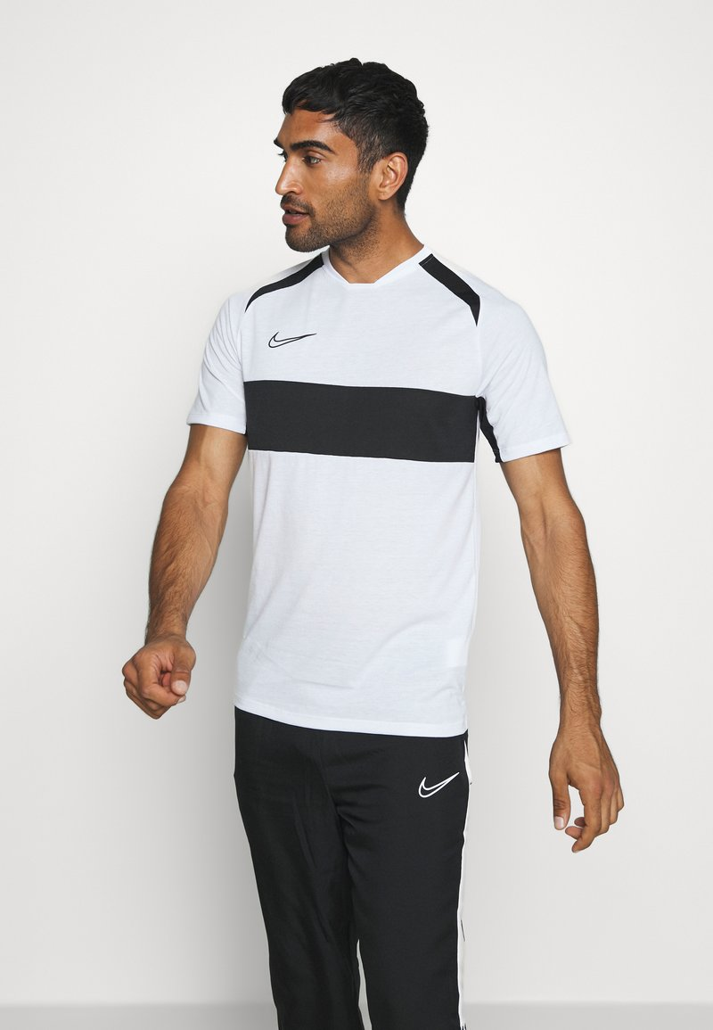 Nike Performance - DRY ACADEMY  - T-shirt z nadrukiem - white/black