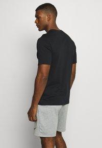 Nike Performance - TEE PROJECT  - Print T-shirt - black - 2