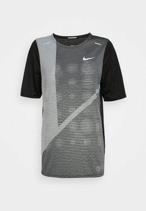 RISE HYBRID  - Camiseta estampada - black/grey fog/silver