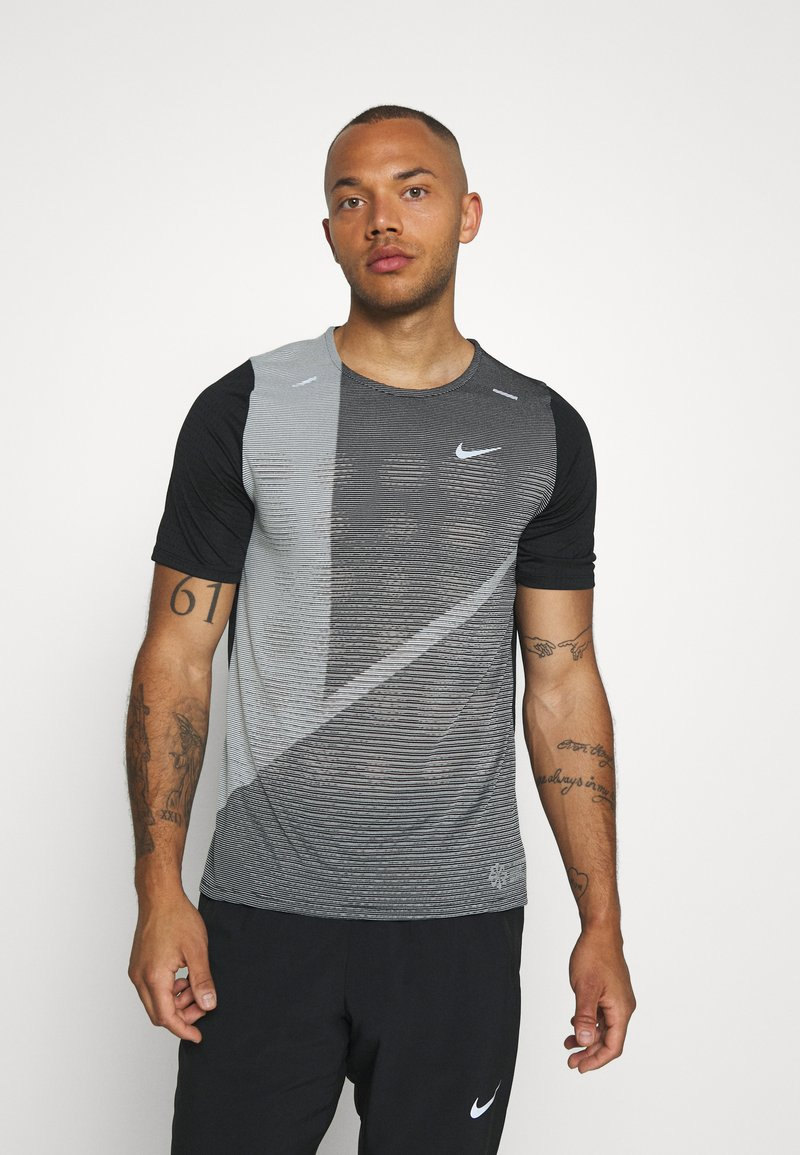 Nike Performance - RISE HYBRID  - Print T-shirt - black/grey fog/silver