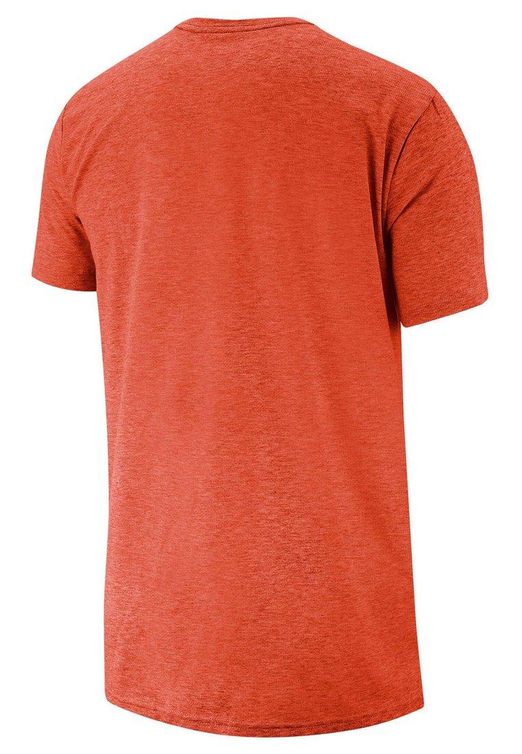 Nike Performance T-shirt z nadrukiem - orange
