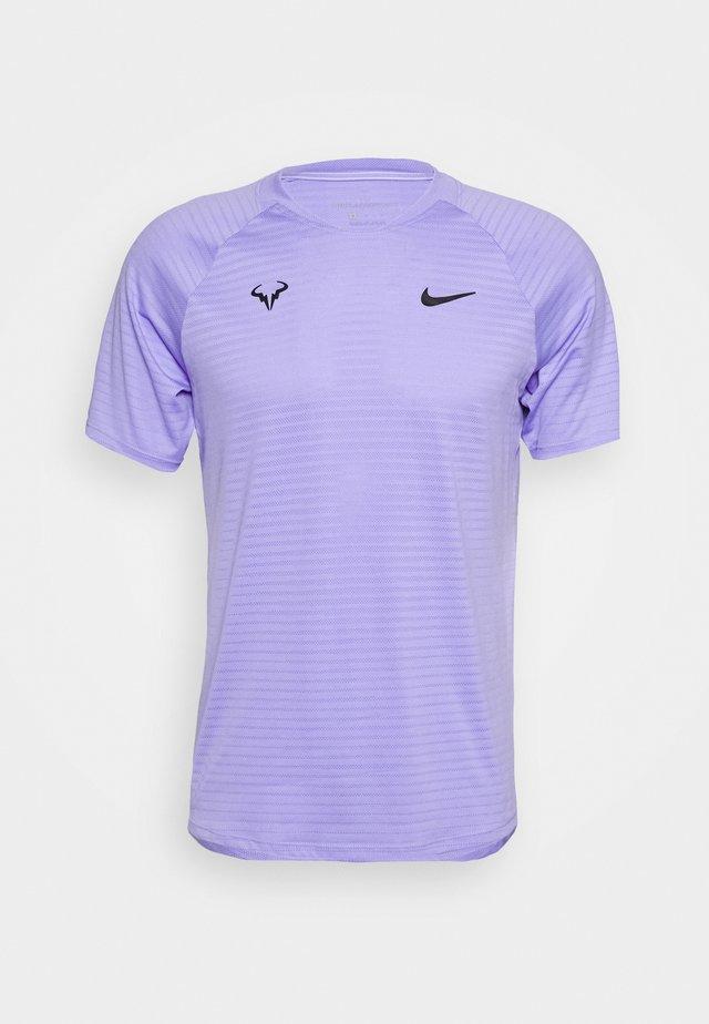 RAFAEL NADAL SLAM - Camiseta estampada - purple pulse/black