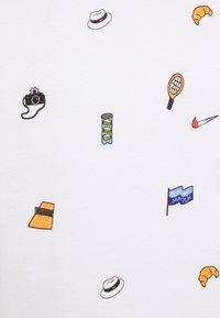 Nike Performance - TEE - T-Shirt print - white - 2