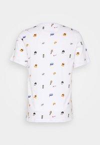 Nike Performance - TEE - T-Shirt print - white - 1