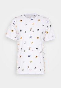 Nike Performance - TEE - T-Shirt print - white - 0