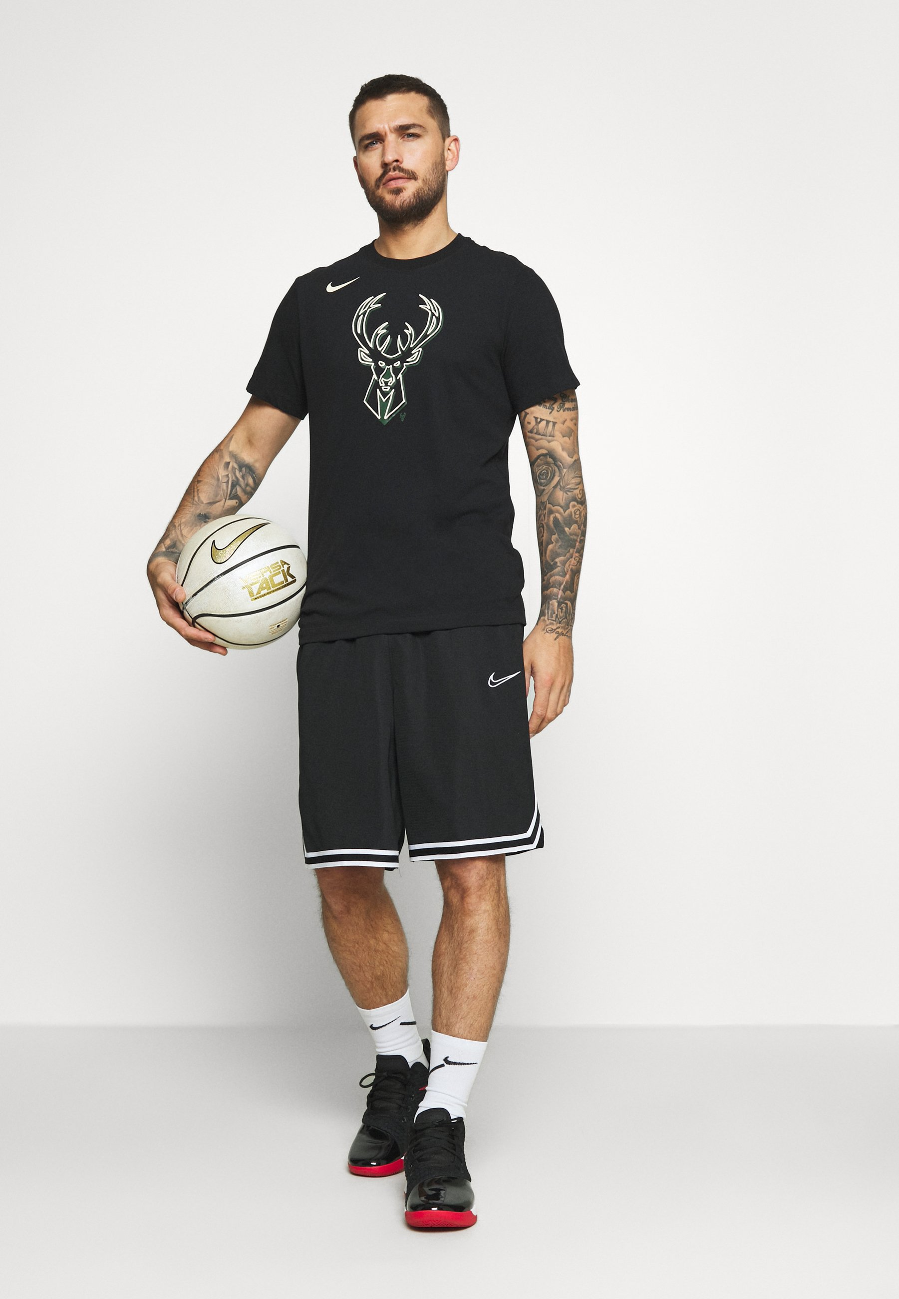 NBA MILAUKEE BUCKS LOGO TEE Article de supporter black