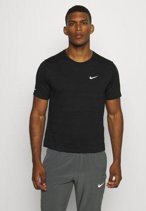 MILER  - T-shirts print - black/silver