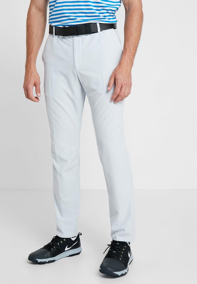 Nike Golf - FLEX PANT SLIM - Stoffhose - pure platinum