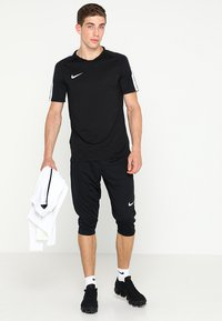 Nike Performance - DRY ACADEMY18 PANT - Pantalón 3/4 de deporte - black/white - 1