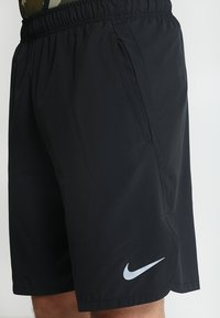 Nike Performance - SHORT - Pantalón corto de deporte - black/dark grey - 3