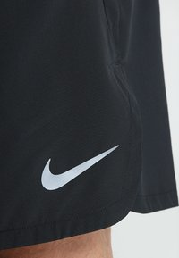 Nike Performance - SHORT - Pantalón corto de deporte - black/dark grey - 6