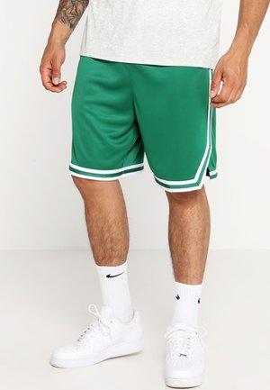 BOSTON CELTICS NBA SWINGMAN SHORT - Sportovní kraťasy - clover/white