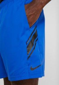 Nike Performance - DRY SHORT - Pantalón corto de deporte - game royal/black - 4