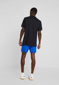 Nike Performance - DRY SHORT - Pantalón corto de deporte - game royal/black - 2