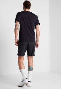 Nike Performance - DRY SHORT - Pantalón corto de deporte - black - 2