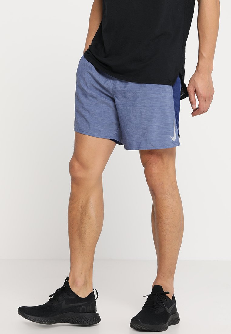 Nike Performance - SHORT  - Sports shorts - blue void/heather