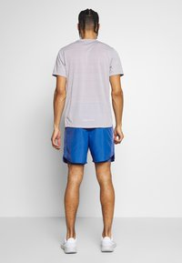 Nike Performance - SHORT - Pantalón corto de deporte - pacific blue/reflective silver - 2