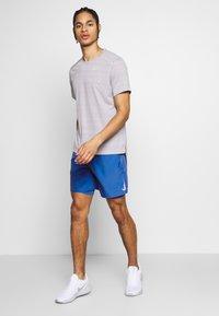 Nike Performance - SHORT - Pantalón corto de deporte - pacific blue/reflective silver - 1