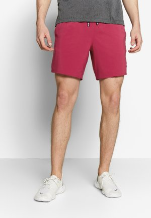 FLEX STRIDE SHORT - Pantalón corto de deporte - noble red/reflective silver