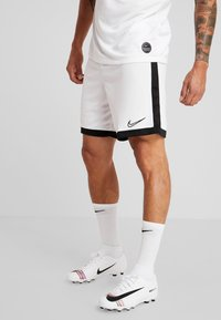 Nike Performance - DRY ACADEMY SHORT  - kurze Sporthose - white/black - 0
