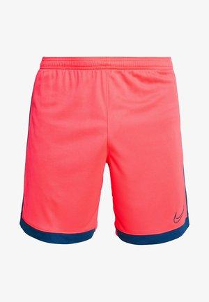 DRY ACADEMY SHORT  - Pantalón corto de deporte - laser crimson/valerian blue