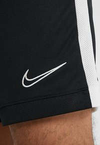 Nike Performance - DRY ACADEMY SHORT  - Träningsshorts - black/white - 5