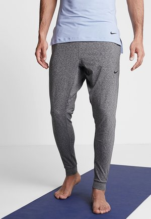 M NK DRY PANT HPR DRY LT YOGA - Pantalones deportivos - black
