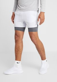 Nike Performance - STRIDE SHORT  - Short de sport - football grey/iron grey/reflective silver - 0