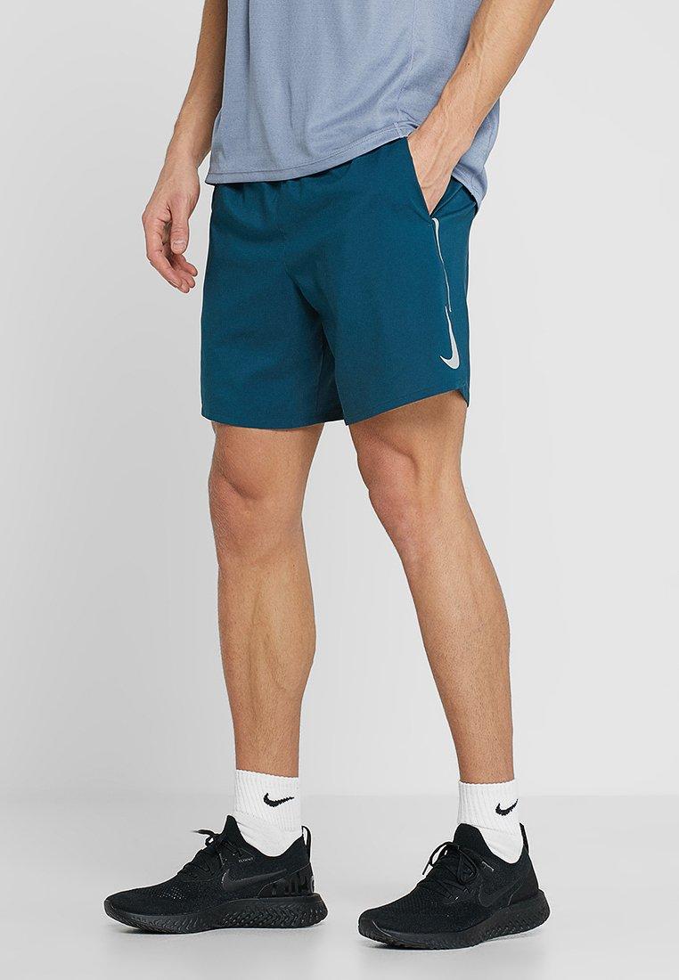 Nike Performance - STRIDE SHORT  - Pantalón corto de deporte - nightshade/blue gaze/silver