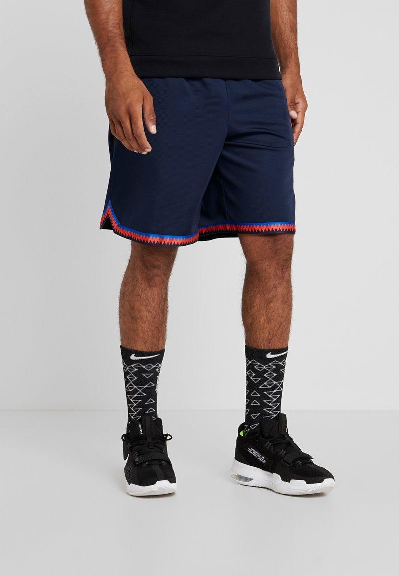 Nike Performance - DRY DNA SHORT 2.0 - Pantalón corto de deporte - obsidian/team orange