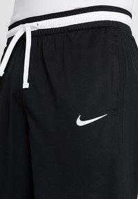 Nike Performance - DRY DNA SHORT 2.0 - Krótkie spodenki sportowe - black/white - 5