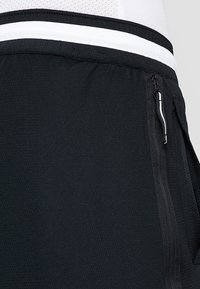 Nike Performance - DRY DNA SHORT 2.0 - Krótkie spodenki sportowe - black/white - 3