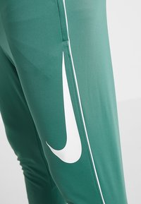Nike Performance - FC PANT - Teplákové kalhoty - bicoastal/white - 2